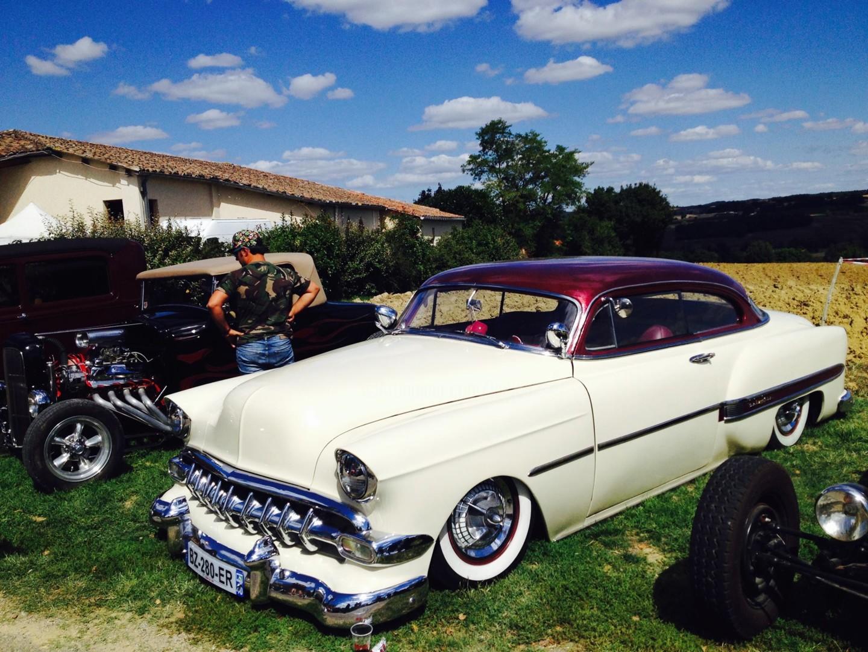 Kirlian - Vintage car à Maignaut-Tauzia